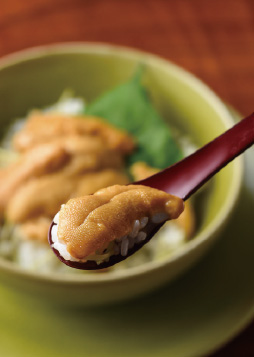 山葵ご飯のウニ丼